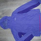 Куртка ветровка, дождевик на 152см в хорошем состоянии