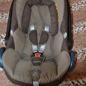 Автокресло-люлька-качалка Maxi-Cosi CabrioFix 0+ (0-13 кг) бежево-коричневое