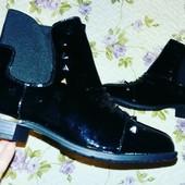 Лаковые ботиночки шипы в наличии
