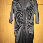 Платье черное атласное 44-46 рр