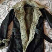 Тёплая джинсовая курточка с мехом .