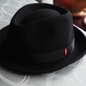 Levi's. Шерстяная шляпа.