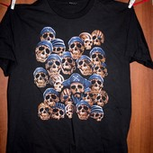 футболка мужская с черепами  XXL состояние отличное