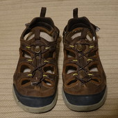 Открытые спортивные сандали из промасленного нубука Clarks Wave Walk  7 1/2 р.