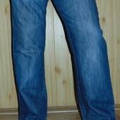 Фименние стильние джинси  Soviet (совет).м-л 32