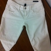 Белые джинсы стрейч Benetton  27