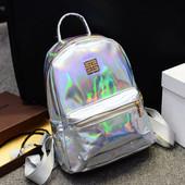 Голографический серебряный рюкзак