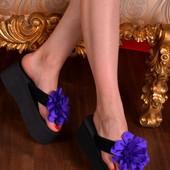 Шлепки фиолетовый цветок