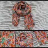 Красивенный шарф.Платок.Палантин.