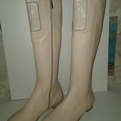 Акция!!! Новые кожаные сапоги 37 размера