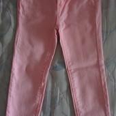 продам джинсы стрейчевые скинни девочке 4-5 лет рост 110