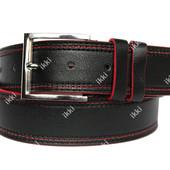 Мужской ремень черного цвета с красной строчкой (П-037)
