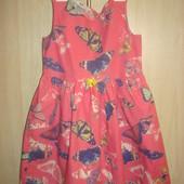 Платье-сарафан в бабочки H&M на 6-7 лет, рост 122 см
