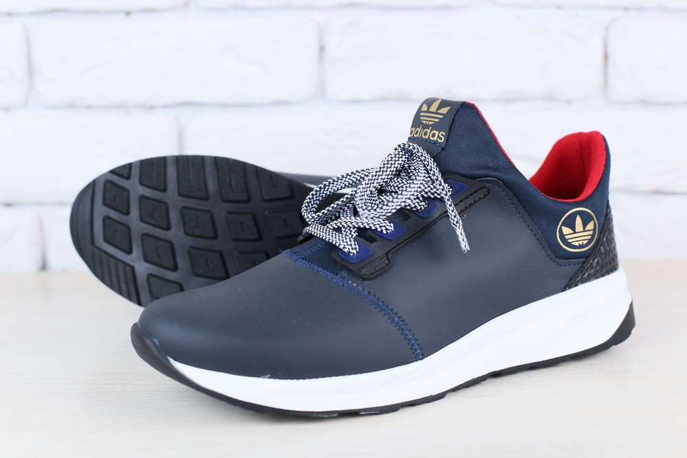 Кроссовки Adidas из натур. кожи, р. 40.45, код nvk-2424 фото №1