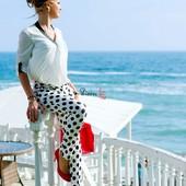 Фирменные от Gap укороченные брюки стрейч в горошек 44 размер