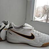 раз.40-41.Кроссовки футзалки бампы Nike tiempo