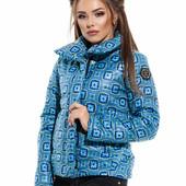 Женская зимняя куртка 42-46 много моделек