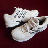 Adidas оригинальные кожаные кроссовки 40