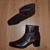 Р. 37 - 25 см. Marco Tozzi Германия. Полусапоги, ботинки фирменные оригинал