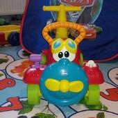 Машинка для малышей Chicco