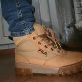 Классные кожаные ботинки Fila 37 размер.