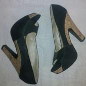 Черные атласные нарядные туфли Queen - 40 размер, 27 см стелька