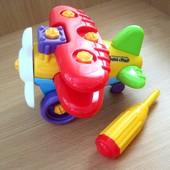 Самолет конструктор с отверткой. Прочнейший пластик. Очень занятная игрушка.