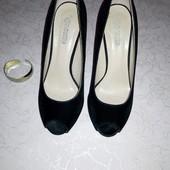 Нарядные туфли *босоножки от ronzo 37-38 размер ( читайте описание)