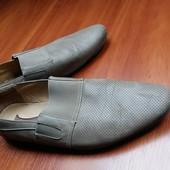 Мужские бежевые туфли мокасины Vapiano 46 размер, 31 см, легкие в дыро