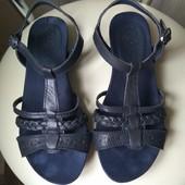 Босоножки кожаные Footglove от Marks & Spencer, 24см