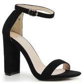 Босоножки черного цвета на высоком устойчивом каблуке