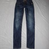 р. 158-164-170, джинсы скинни со стразами Naturel очень модные