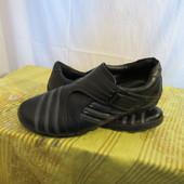 Продам туфли-кроссовки