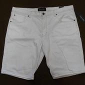 Белые джинсовые шорты Angelo Litrico р.56 наш