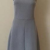 Красивое новое платье с воротничком dorothy perkins