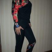 женский спортивный женственный модный р.с,м,л,хл