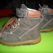 кожаные ботинки на нат.меху оч.красивые и теплые