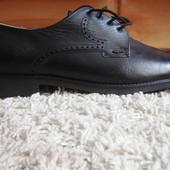 Мужские кожаные новые туфли M JOHN 45р (10,5)