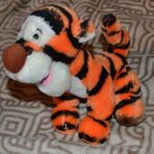 тигра Disney оригинал 22 см