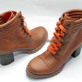 Очень классные полусапожки ботинки 41-42 размер  полный