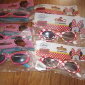Сонцезахисні окуляри з Мінні
