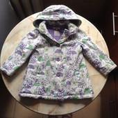 Демисезонное пальто плащ на девочку фирмы Indigo на возраст 2-3 года (можно до 4 лет)