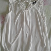 Продам блузки женскую Yessica хорошо на L.