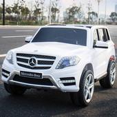 Детский электромобиль mercedes glk 350 4matic: 8 км/ч, 90w, eva, кожа - белый