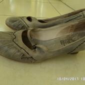 шкіряні туфлі 40р 26см