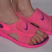 Сандалии Nike р.37,5