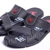 Шлепанцы кожаные Ferrari черные