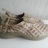 Новые текстильные кроссовки Nike htm 42 р.