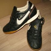 кроссовки Nike 40 р