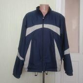 Спортивна весняна куртка